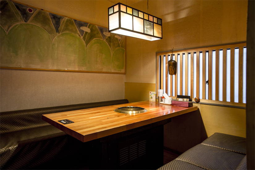 【2nd floor single room】 Up to 6 people.You can use it conveniently, such as company banquets and gatherings among relatives.