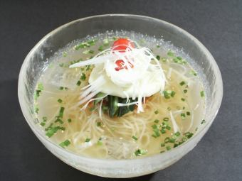 Special case made (Morioka cold noodle) / Pivin noodle