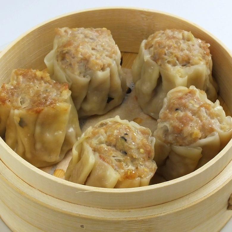 Meat steamed meat dumpling