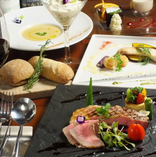 事前予約でランチタイムもコース料理3000円~承ります。