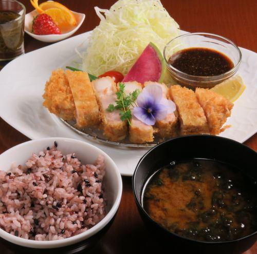 【和】極 豚カツ御膳 ※和食メニューは不定期で提供しております。