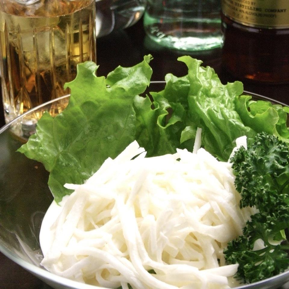 我們的商店熱門菜單【Radio Day's Salad】