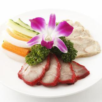 三種前菜盛り合わせ/クラゲの冷製