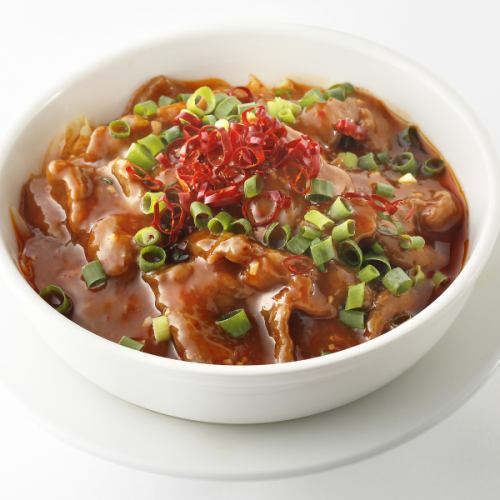 牛肉の四川風煮込み/牛肉の黒胡椒炒め