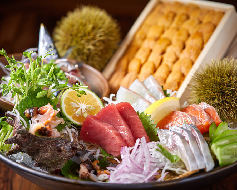 全国から厳選した魚介や肉、新鮮野菜を堪能できます!