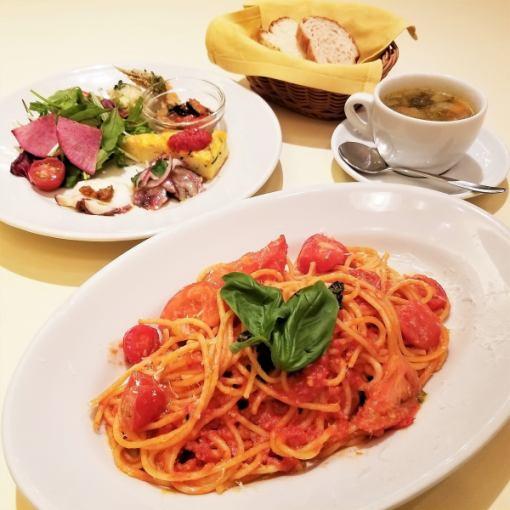 <ランチ>前菜/スープ/メインが選べる全4品!ヴォメロランチ