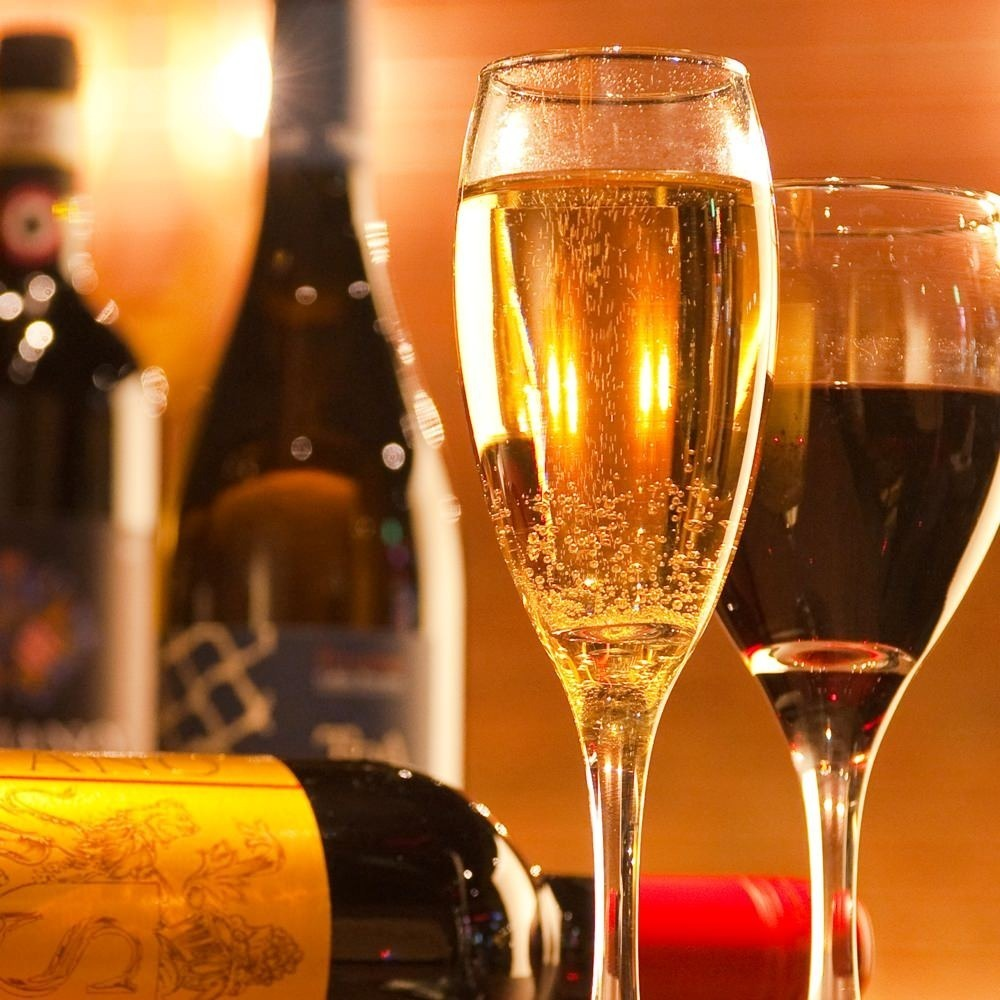 【飲み放題 480円/30分】厳選ワインをはじめ、ビール、ウィスキー、カクテルなど