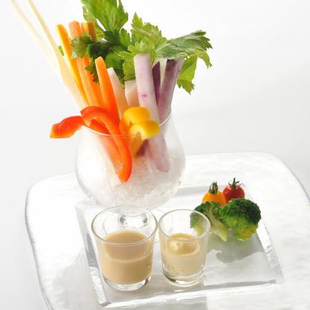 坚持蔬菜Bagna cauda