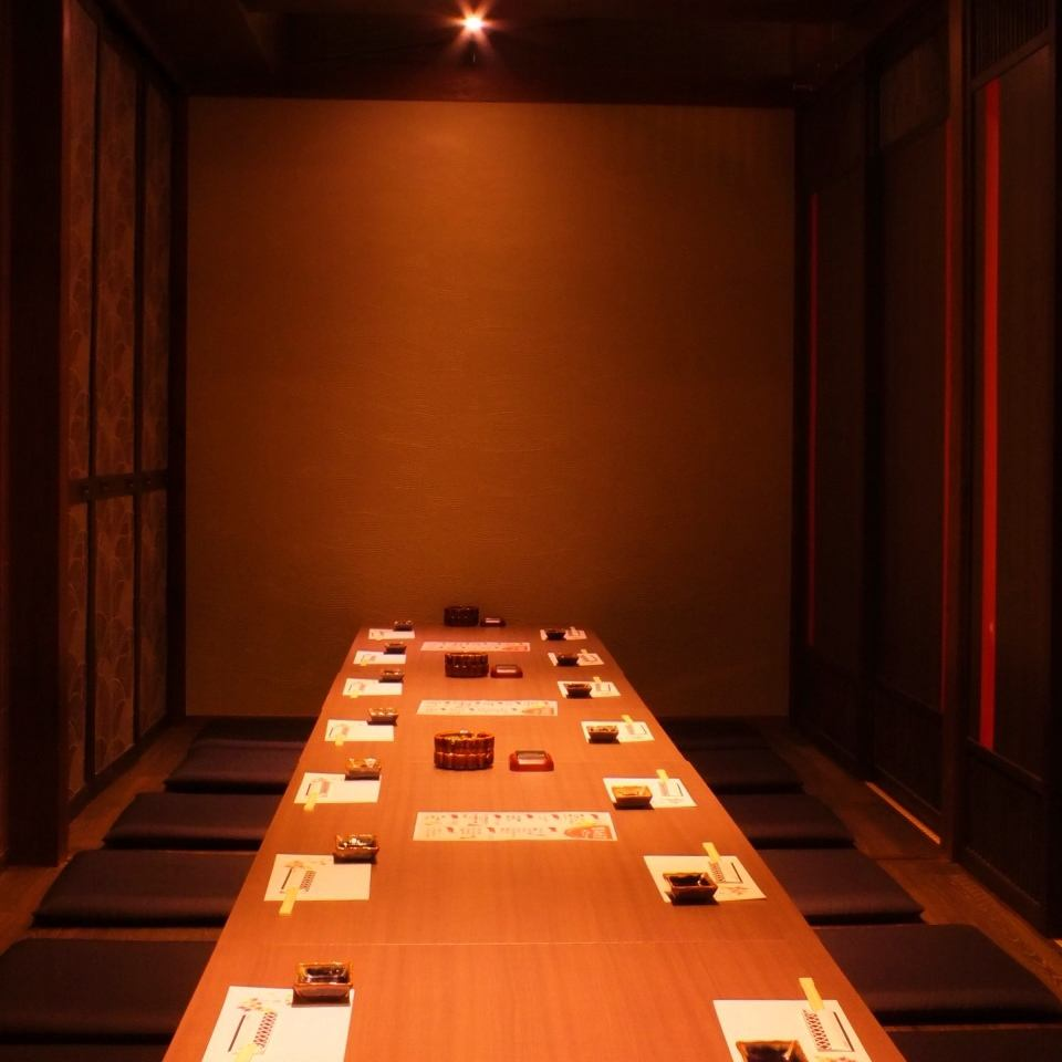 Maximum of 24 people can drink in a private room with excellent atmosphere.Mr. secretary is a must-see ★