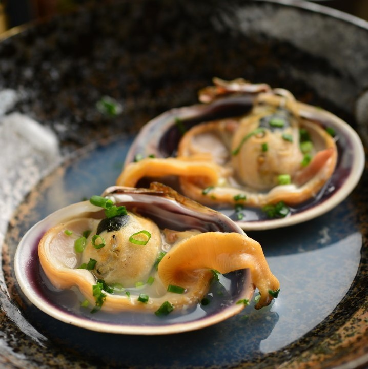 在Mikawa大蛤蜊製作的清酒