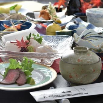 """Only dishes"" 【Sushi】 【Fugu】 【Bite steak】 ~ Shimotsuki meeting of Shimotsuki ~ (all 10 items) 7560 yen (tax included)"