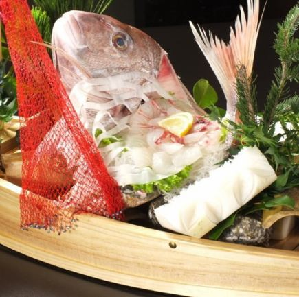"""""""Only cooking"""" 【luxury bream boat prime】 【steak】 【handful sushi】 ~ celebration party ~ (all 13 items) 8640 yen (tax included)"""