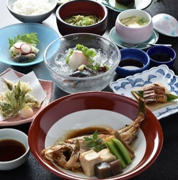 《料理のみ》【ランチタイム限定♪】~瀬戸内ミニ会席~(全9品)3240円