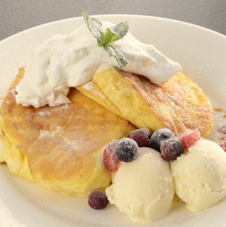 Ricotta cheese pancakes ~ Berry sauce ~