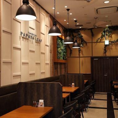 【阪急今津线/阪急神户线从西宫北口站东南口出发】步行5分钟!】Hankyu Nishinomiya Gardens 4F的内部方便购物和会议被开放和开放空间制作。