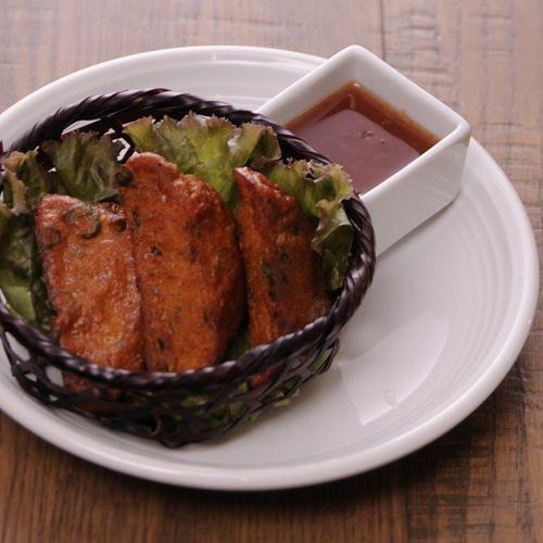 半泰国样式的鱼糕