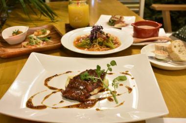 BELLE Japanese beef steak & pasta course