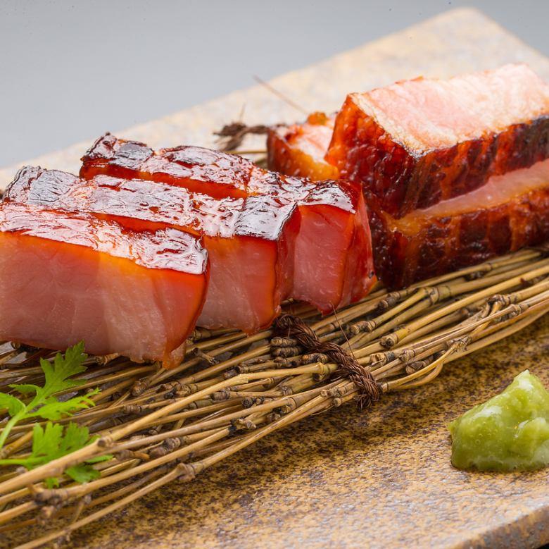 Oleic swine sake lees bacon
