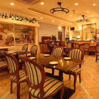 ◆上質空間をご提供◆私たちのお店は広くはございませんが、その分細部にまで気を回せ、最大限お楽しみいただけるよう努めております。メインフロアは少人数から最大30名様までご宴会可能な空間になっており、26名様以上でフロア貸切も承ります。各種シーンで私たち自慢の料理やお酒をご堪能ください。