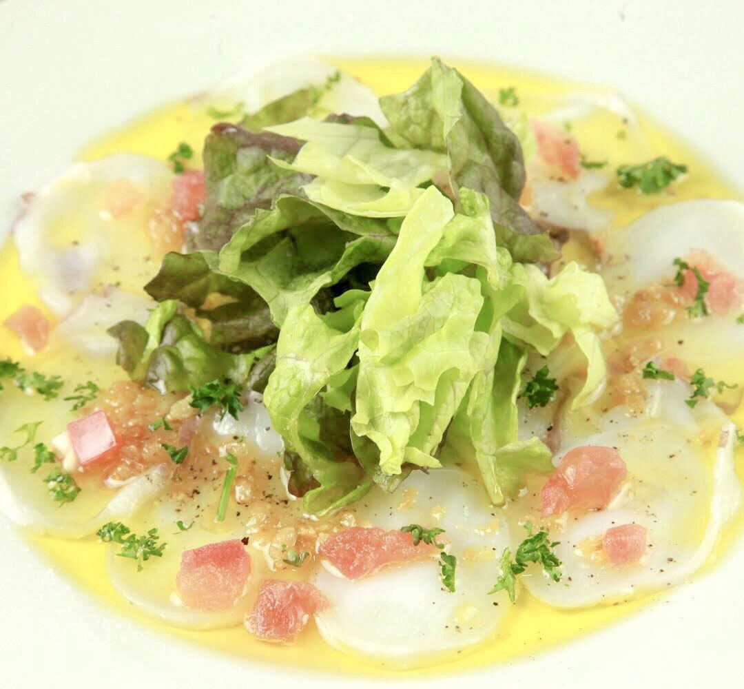 Water octopus carpaccio