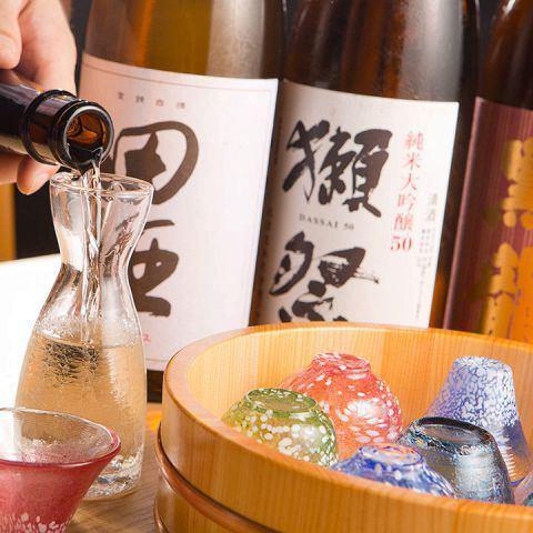 【全国各地から厳選仕入】銘酒や焼酎が豊富に揃う