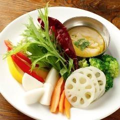 新鮮野菜の温かいサラダ