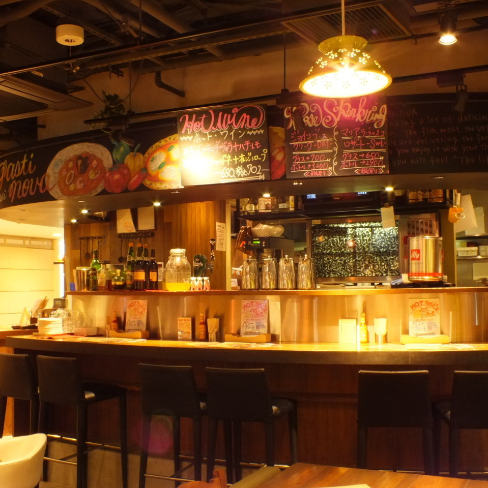 For 1 to 6 people.Feel free to ask one person ♪ Please enjoy the state of cooking as the open kitchen peeps!