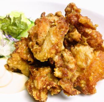 Deep-fried chicken thigh meat