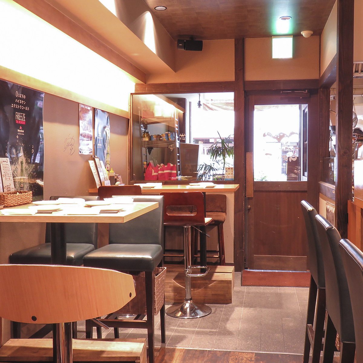 Boasting a warm interior! With comfortable lively atmosphere, the atmosphere that makes you want to stay long-lasting ♪ charm ♪
