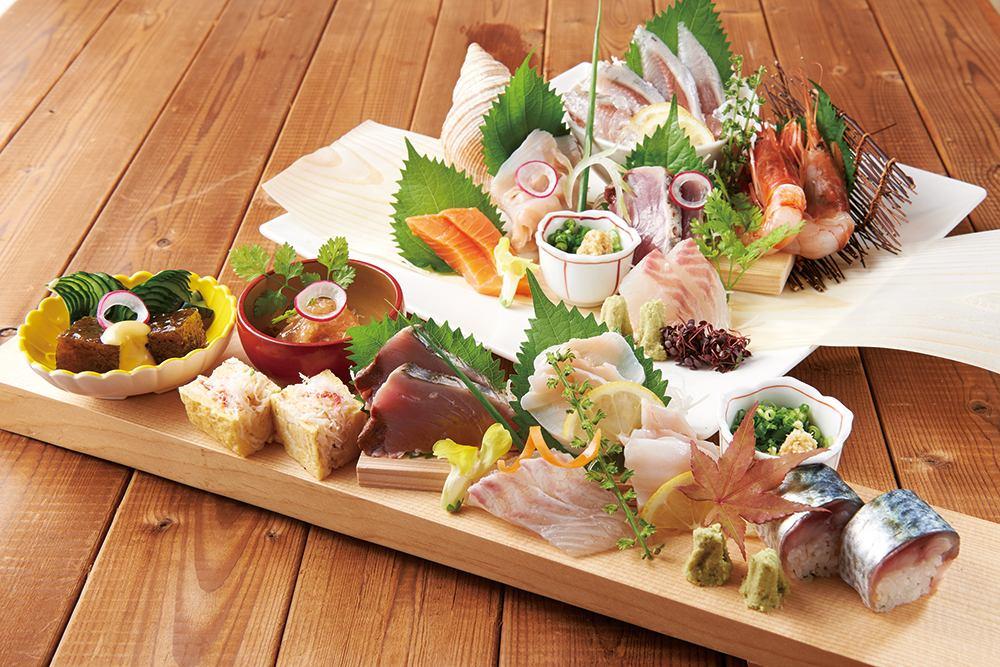 産地と鮮度にこだわった当店のおすすめ鮮魚。