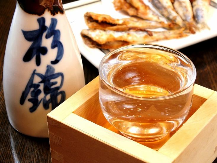 Delicious local sake and delicious relish, a shop calming down in a Japanese atmosphere ♪ Full banquet charter OK !!