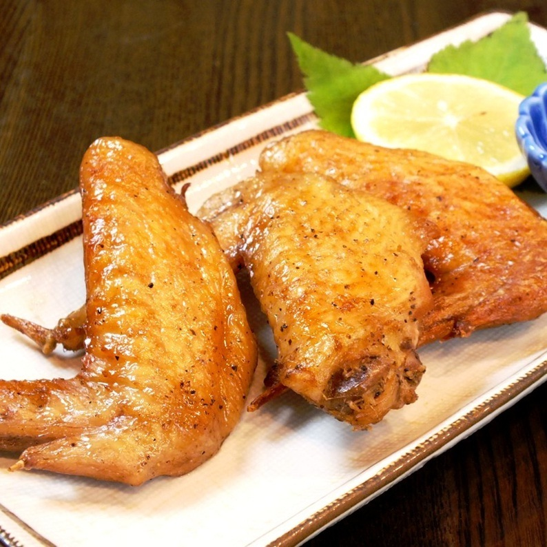 Chicken wings (3) (sauce and salt)