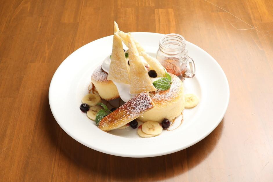 Caramel Banana Mille-feuille pancake