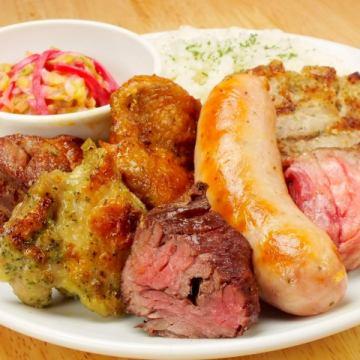 平日ランチ700円〜、食べ放題もご用意ございます♬(ランチ、ディナー、ご飯)シュラスコ食べ放題♬