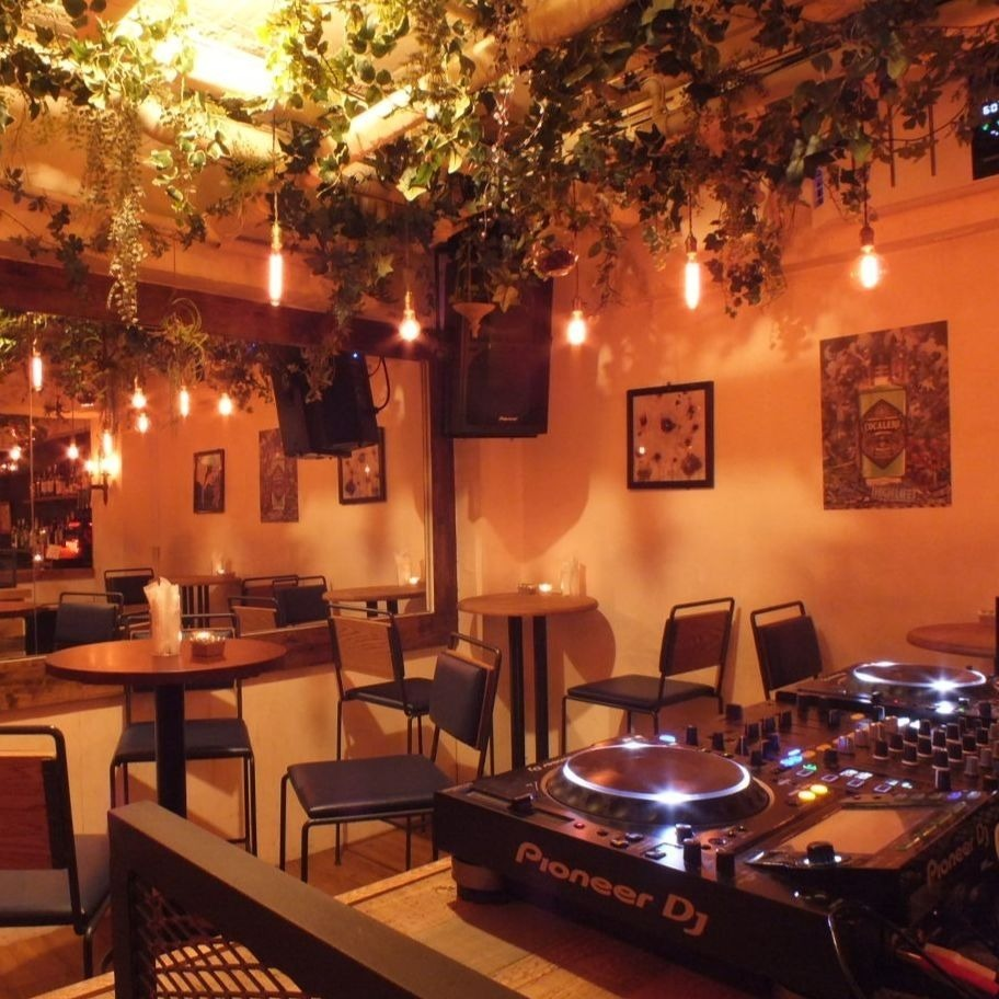 10 people ~ Please contact us ♪ Good access from Shibuya station! Enjoy sound and lighting, ideal for birthday and girls party, party!