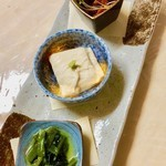 Three appetizers served (soba noodle, Hiei yuha, leaves horseradish)