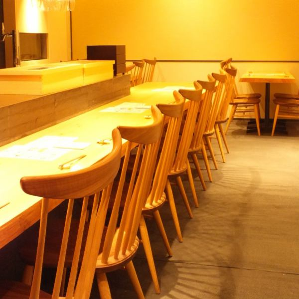 Seafood counter seats that can sit comfortably! As seafood skills are seen in front of you, you can enjoy it not only with eating but also in the eyes! 【Seafood / Meat / Lunch / Sake / Shochu / Fish / Tuna / Date / Retreat / Teppanyaki / Anniversary / New Year party / Farewell party / Karasuma / Kawaramachi / Shijo / Nishiki Market / Fugu / Izakaya / Japanese cuisine / Adults]