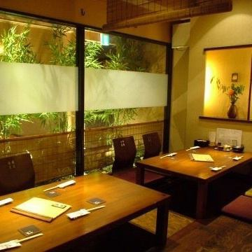 【Digging 炬燵 the private room of the dressing room】 If you leave the partition for the Osami seats OK up to 10 people up to 27 people OK! Because it is a private room space, the company banquet is pleasant without worrying about the surroundings ♪