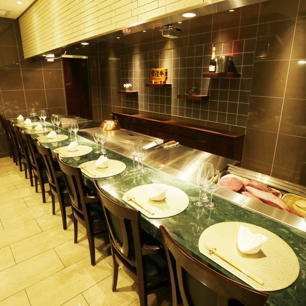 Must see for the flames rising in front of you.The best part of Teppanyaki is a counter to cook in front of you.