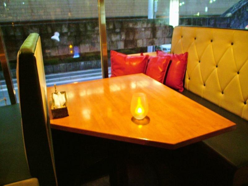 【Date, Girls' Union · Mama Association ♪】 Optimum Window Sofa Seat ★