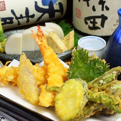 海老と季節野菜の天ぷら盛り合わせ(1~2人前)