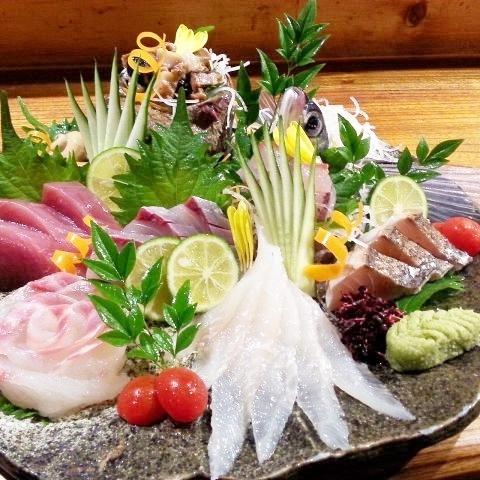 Assortment of today's dish / Five varieties