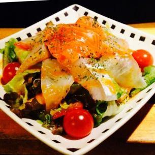 해물 매운 샐러드