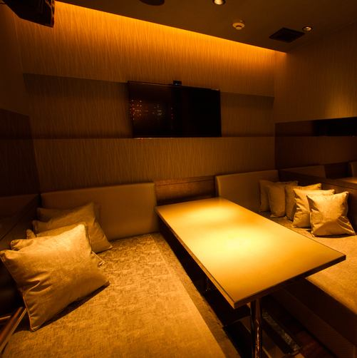 Five fully-private rooms according to the scene.We prepare private rooms corresponding to various scenes such as year-end party · girls' party · dating · dating · company party · secondary party etc. ♪