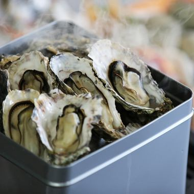 All-you-can-eat oysters ♪ All-you-can-drink draft beer ♪ All-you-can-eat & drink all you can eat for 5 adults (tax included)
