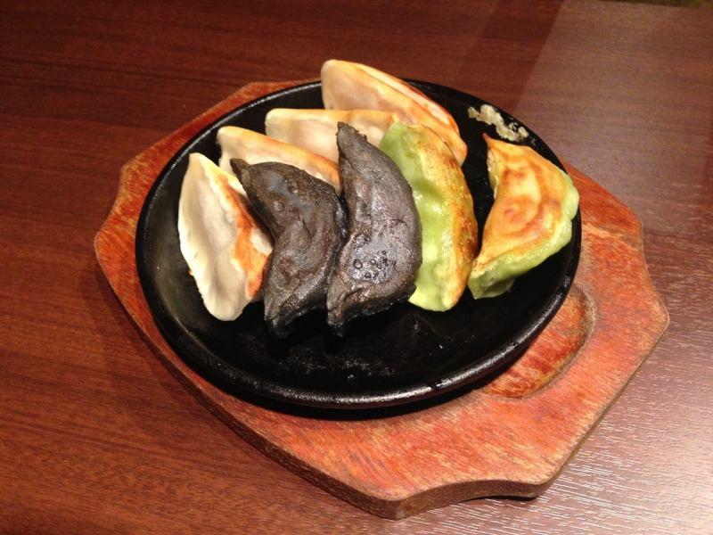 七彩虹肉餡餃子♪