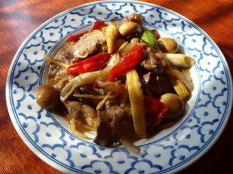 ムーパットキン~豚肉とキクラゲの生姜炒め~/ガイパットキン~地鶏とキクラゲの生姜炒め~