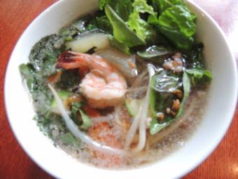 トムチュートウンセン~春雨とトーフと五目野菜の澄ましスープ~