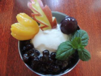 アイスガティサイサクーダム~ブラックタピオカ入りココナツミルク入りアイスクリーム~