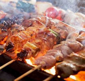 Grilled chicken baked in a boasted boast is superb! Vegetable skewers, etc.